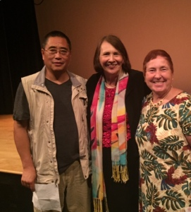 -r Dr. Fengshan Li and WAE President Betty McGinnis. (Photo Credit: Nettiesha Scott)